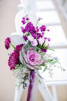 Purple Aisle Marker - Photography: Sharon Nicole Photography