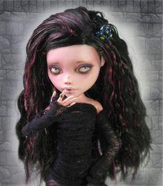 OOAK Monster High Draculaura REPAINT by Nickii Rose high doll, draculaura repaint, dollrepaint, monster high, roses, job, monsters, ooak monster, doll repaint