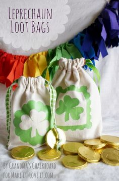 DIY Leprechaun Loot Bags...for St Patty's Day (or any other occasion) --- Make It and Love It craft stpatricksday, leprechaun loot, craft gift, gift ideas, diy leprechaun, st patricks day, loot bags, st patti, stpatricksday idea