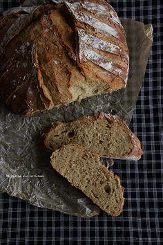 bread022 Pain à la mélasse & au petit épeautre