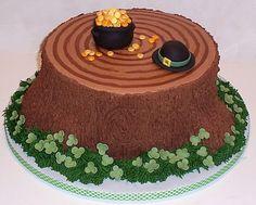 St. Pat's cake...love the little fondant shamrocks!