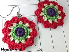 Ein Paar origineller handgemachter OHRRINGE. Das Muster ist gehäkelt. Die Farben sind frei auswählbar. (bitte bei Kauf bestätigen).