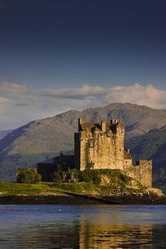 Castle Eilean Donan - Scotland, UK