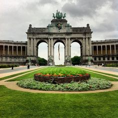 Jubelpark / Parc du Cinquantenaire - on a short visit, skip the museums here