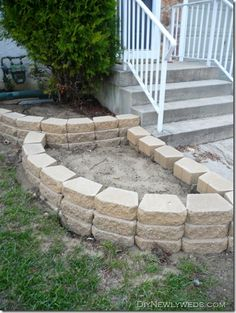 Front Yard Retaining Wall ~ DIY Newlyweds: DIY Home Decorating Ideas & Projects diy front yard ideas, diy retaining wall ideas, diy outdoor wall decor, diy landscaping front yard, decorating ideas, small front yard, front house landscaping ideas, front yard garden ideas, diy front yards