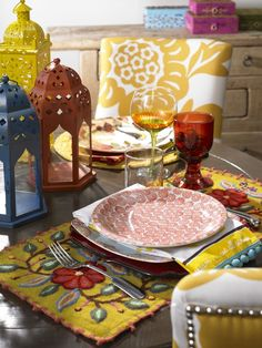 Is this your idea of a fabulous bohemian place setting? Find out what kind of home decor style you have by clicking here!