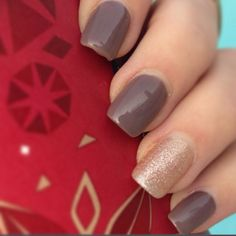 Fall gold glitter and brown gel nails