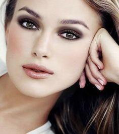 Keira Knightley...perfect make up