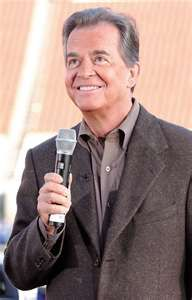 RIP DICK CLARK. KEEP ROCKIN IN HEAVEN!