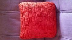 Basket weave pillow-crocher