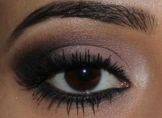 Tutorial de Naked 2 Urban Decay wish this was in English but u get the idea.