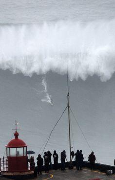 The Biggest Wave, Nazare Portugal