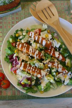 This was a HUGE hit last night! Everyone LOVED it! 15 Minute Meals: @MorningStarFrms Buffalo Chik Salad #MorningStarFarms #CleverGirls #ad