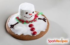 Melting Snowman Cookies: These are so much fun to make with kids! | via @SparkPeople #holiday #christmas #recipe #food
