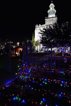 St. George LDS Temple at Christmas #Mormon #MormonTemple    #MormonTemples #LDSTemples #Temples