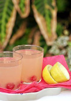Limonada de frambuesas y limón. Recetas