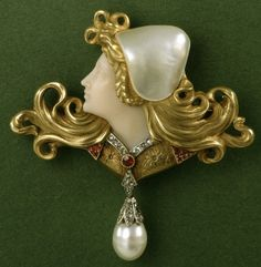 Brooch by Rene Bouvet  France, 1902