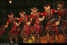 Sambalpuri dance is a group-dance from Sambalpur region in western part of Odisha. This dance performed by the tribal people in festive mood.  It comprises of one of the most exquisite form of aesthetic expression for both men and women.