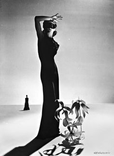 Lisa Fonssagrive for Madame Grès, c.1940.  Photo by Genia Rubin.