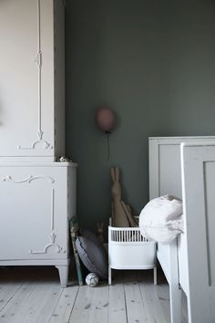 Grey Girl's Room