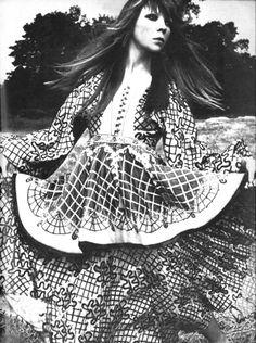 Penelope Tree by David Bailey for Vogue UK September 15, 1970.