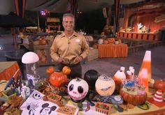 Halloween Decorating Tips From Disneyland That You Can Do At Home | The Disney Blog