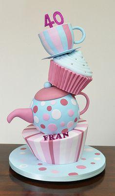 teacups cake