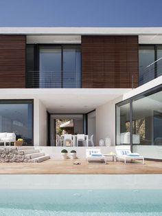 Casa 115 by Miquel Lacomba Architect