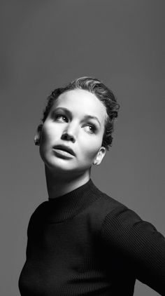 Jennifer Lawrence lawrenc photograph, photography portraits, daisies, jennif lawrenc, mark seliger, beauty, black, actresses, jennifer lawrence