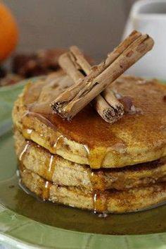 Homemade fluffy pancakes that taste like pumpkin pie!