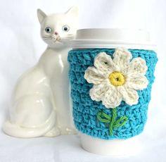 Daisy travel mug cup cozy coffee crochet by CageFreeFibers on Etsy
