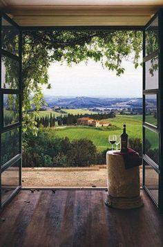 tuscany , italy .