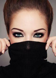 Dramatic Eye Makeup