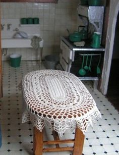 how to: crochet tablecloth