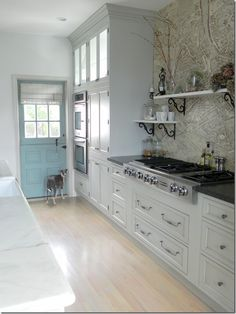 Susie Bohnsack, Pearhouse Designs. Love the turquoise dutch door.