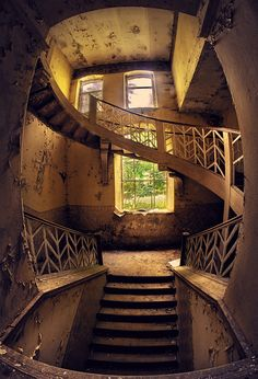 "500px / Photo ""Staircase"" by Leszek Wasiolka"