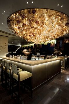 Glamorous and exciting bar decor. See more luxurious interior design details at luxxu.net#luxxumoderndesignliving #lifestylebyluxxu #luxury #luxurydesign #luxuryfurniture #furnituredesign #furniture #moderndesign #designinspiration #designinspo #luxuriouslifestyle #interiordesign #modernlamps #luxurylamps #luxurychandeliers #bar #bardesign #bars #bartender #mordernbar #luxurybar