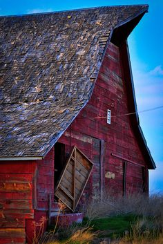 Love the shingle roof on this old barn.
