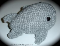 "Free Patterns : Whale Amigurumi Pattern by ""Hannah Daley"""