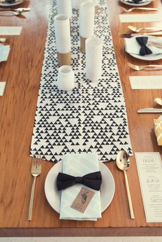 bow ties on the napkins! love.