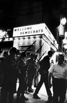 Welcome Dems, 1968 © Art Shay
