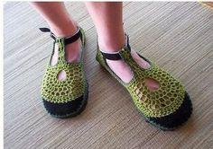 sandalias a crochet | ... wJm3SxvZQI4/Se4Y6q2hFsI/AAAAAAAAANc/q9rVoo9oPiE/s400/crochet+shoes.jpg