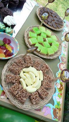 Jungle coloured food