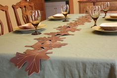 Cute Faux Leather Fall Table Runner #fall #decor #tablesetting