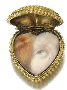 : Adler locket ring