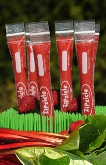Zipsicles : ziploc bags designed for making homemade popsicles!    I need to find these!!!