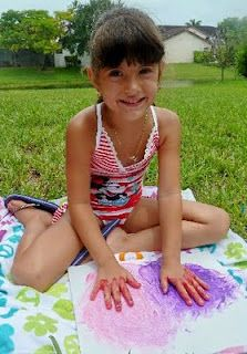 Summer Fun Idea - beat the heat with FROZEN Finger painting - this is so easy to do and your kids will LOVE the COLD paint. :)