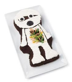 Wilton® Creepy Crawly Mummy Cake