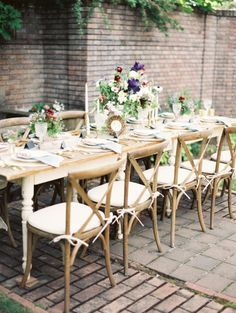 Bozarth Mansion Shoot Styled by Alisa Lewis Event Design | Apple Brides