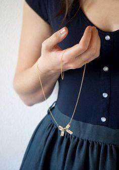DIY Ribbon Bow Necklace